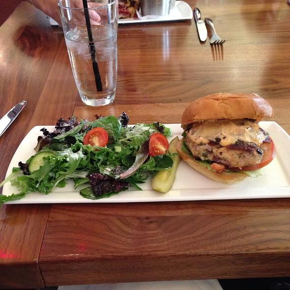 Salmon Burguer - restaurant Max, Minneapolis, MN