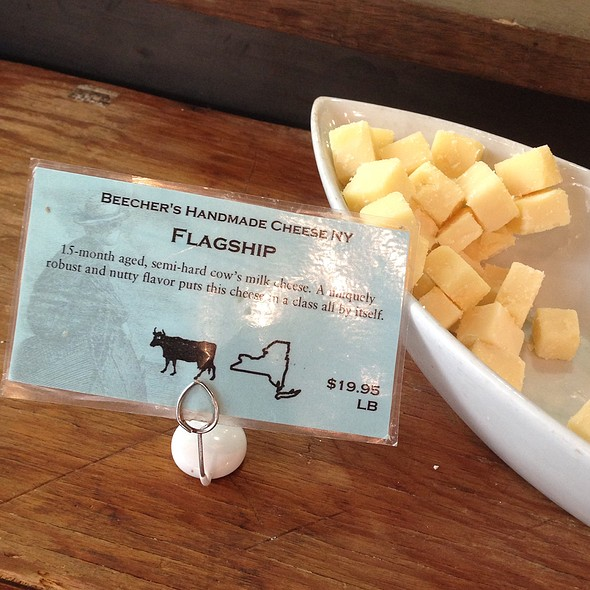 Beecher's Raw Flagship Cheddar Cheese - Beecher's – The Cellar, New York, NY