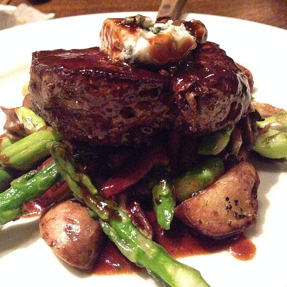 Seared Beef Tenderloin - Tin Angel, Nashville, TN