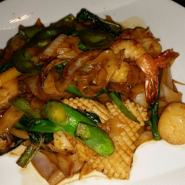 Drunken Noodle with Seafood - Lemongrass - Aria, Las Vegas, NV