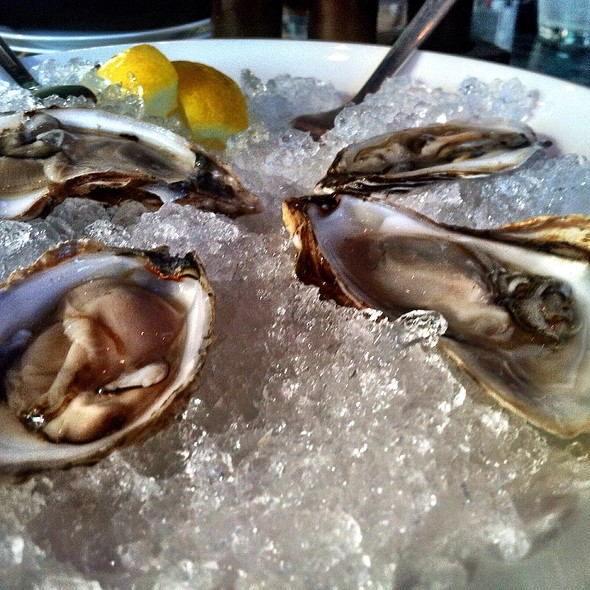 Fresh Oysters - Sea Change, Minneapolis, MN