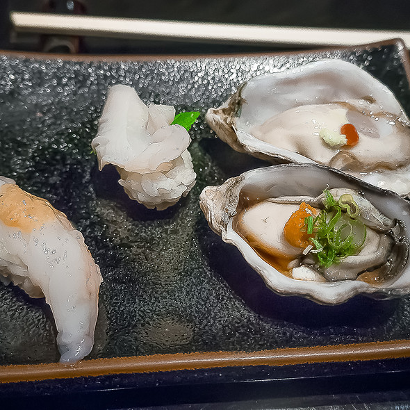 Haka Shrimp, Giant Clam Nigiri & Raw Oysters Served 2 Ways - Sushi Sasabune Hawaii, Honolulu, HI
