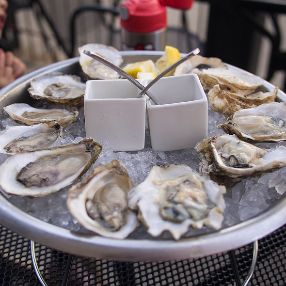 Assorted Raw Oysters - GT Fish and Oyster, Chicago, IL