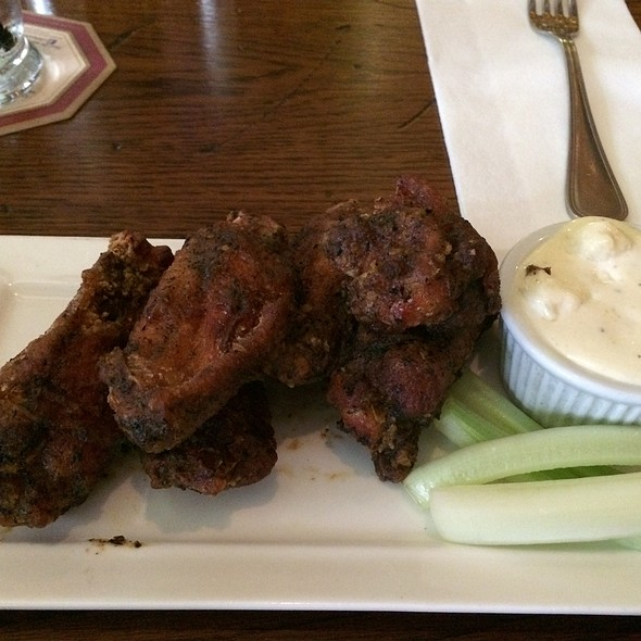 Wings - Cock and Bull, New York, NY