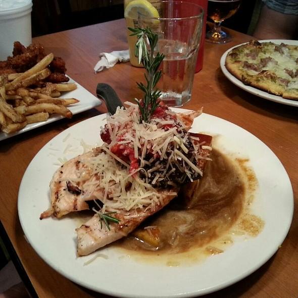 Grilled Portobello Mushroom Chicken - Bilbo Baggins, Alexandria, VA