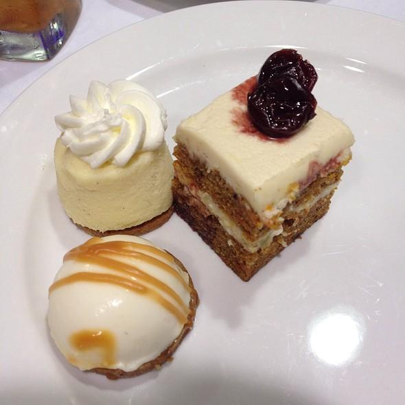 Mini Desserts - Pier W, Cleveland, OH