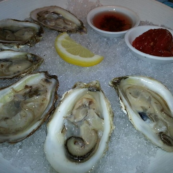 Pickle Point Oysters - Lambertville Station, Lambertville, NJ