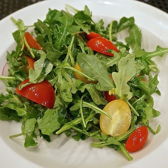 Arugula, tomatoes, lemon, olive oil - Anteprima, Chicago, IL