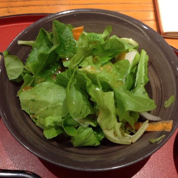 Salad - 翔山亭 淡路町店, 千代田区, 東京都
