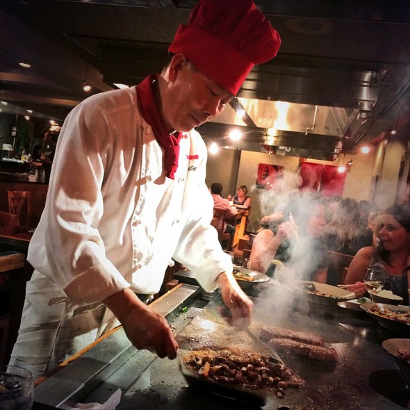 Teppanyaki - Benihana at Fairmont Royal York, Toronto, ON