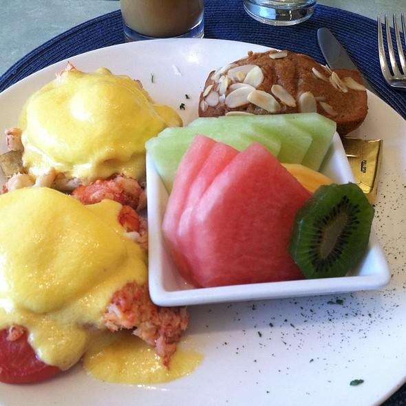 Crab Benedict - Panolivo, Paso Robles, CA