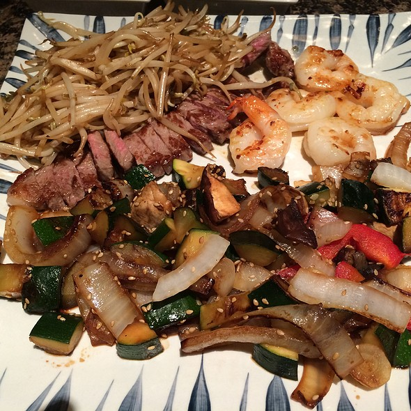 Sirloin Steak & Shrimp Stirfry - Katsura - Westin Prince Toronto, Toronto, ON