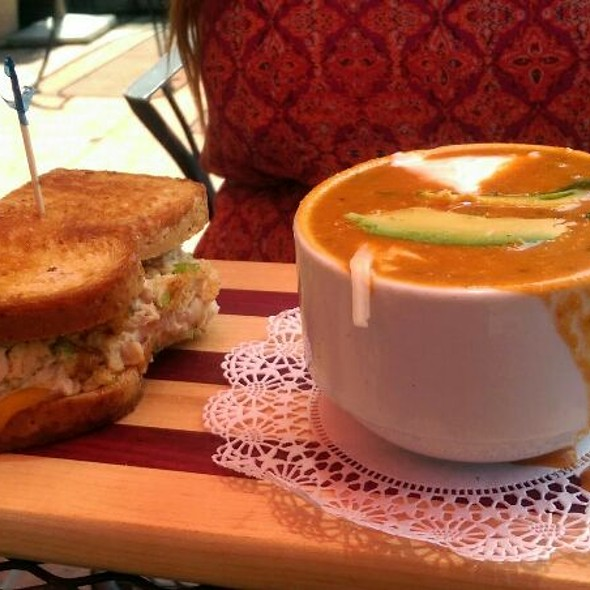 Soup And Sandwich - Alley Restaurant & Bar, Newport Beach, CA