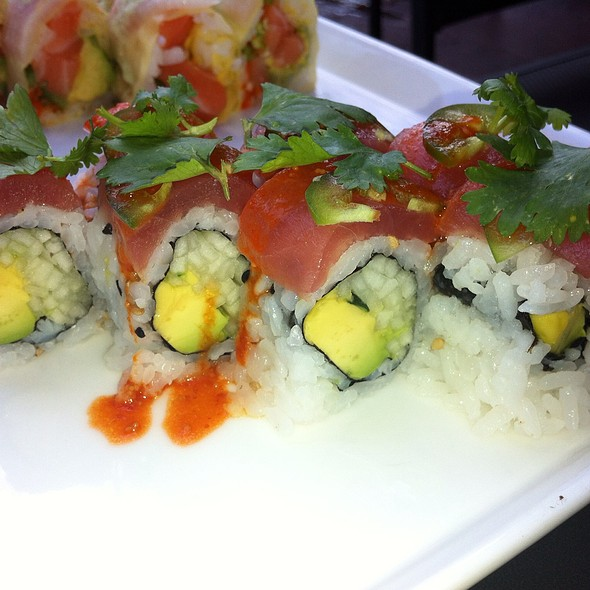 Jalapeño Salmon Sushi Roll - Sushi Lounge, Hoboken, NJ