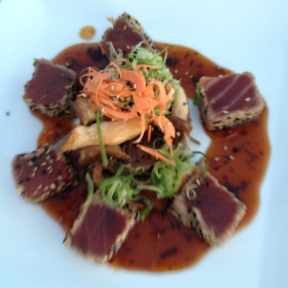 Seared Local Ahi With Soba Cake - Kamuela Provision Co., Waikoloa, HI