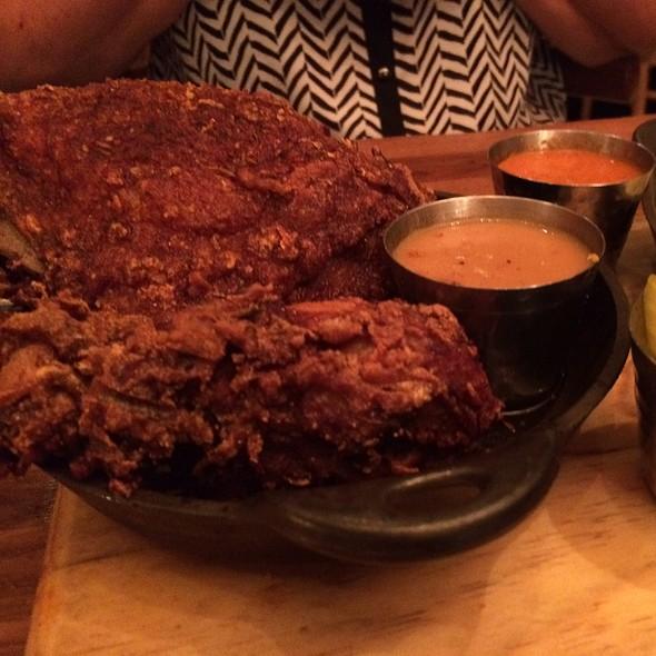 Red Rooster Harlem New York Restaurant Info Reviews Photos Kayak