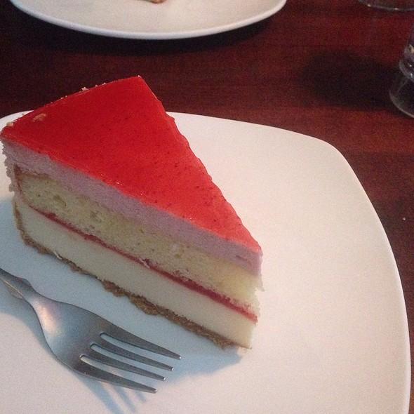 Strawberry Shortcake Cheese Cale - Red Rocks Cafe - Birkdale Village, Huntersville, NC