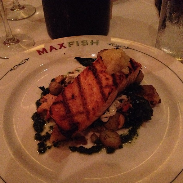 Salmon - Max Fish, Glastonbury, CT