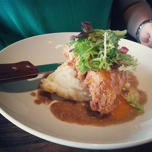 fried chicken - BarnLight Eatery, Frisco, TX