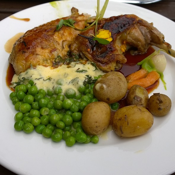 Guinea Fowl - The Gun, London