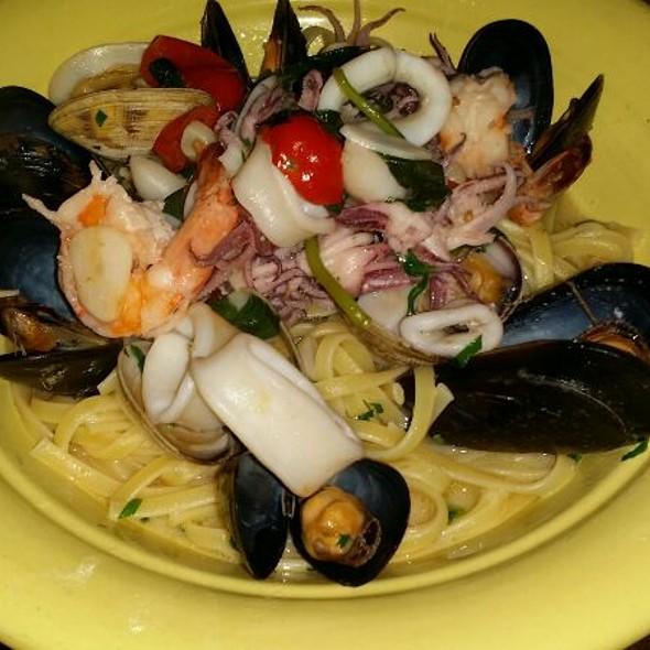 Seafood Pasta - La Giara, New York, NY