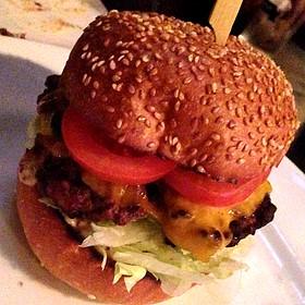 Cheeseburger - Tap House Seattle, Seattle, WA