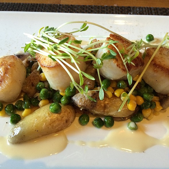 Maine Diver Scallops - Park West Tavern, Ridgewood, NJ
