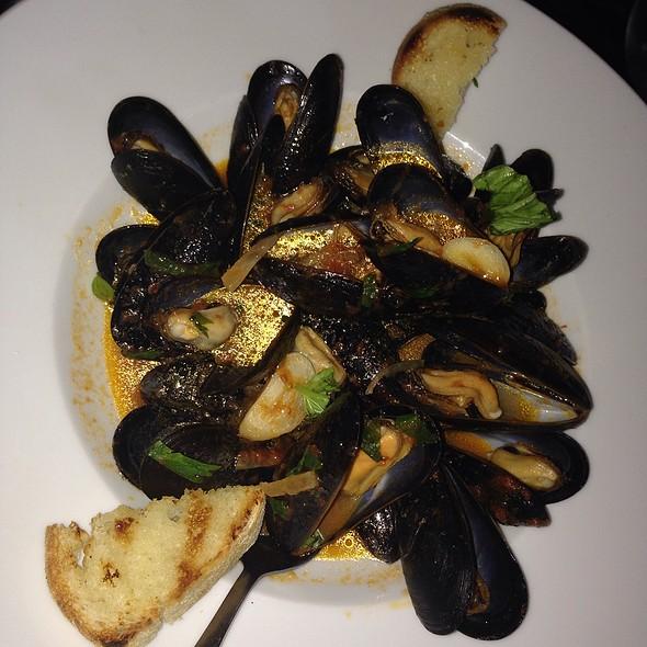 Mussels In Red Sauce - Girasole - Philadelphia, Philadelphia, PA