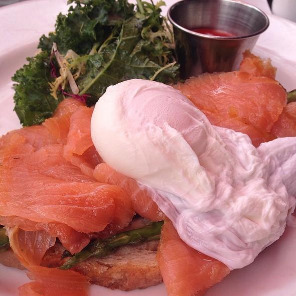 Sandwich Du Jour - Mon Ami Gabi - Bethesda, Bethesda, MD