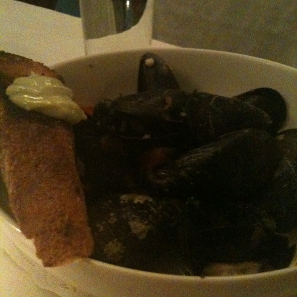 Steamed Maine Mussels with Leeks, Roasted Tomatoes, Stella Artois and Herb Aioli - Beacon Hill Bistro, Boston, MA
