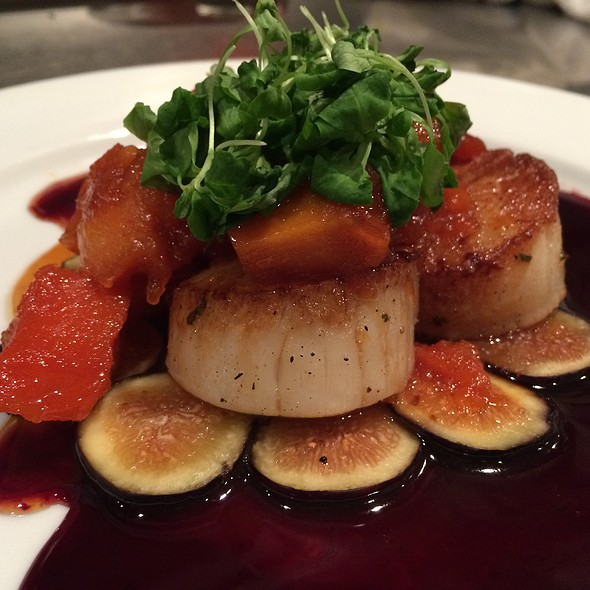 Carmalized Sea Scallops, Over Sliced Fresh Figs, Topped W/A Quince Compote, Finished With A Red Wine Reduction - Fire & Oak - Montvale, Montvale, NJ