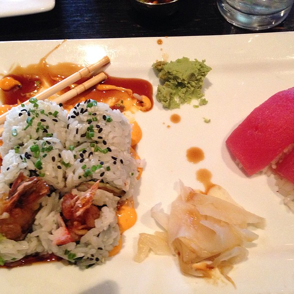Crispy Shrimp Roll And Tuna Nigiri - Lucky Belly, Nashville, TN
