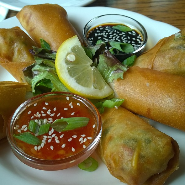 Crab And Mango Spring Roll - The Allen Street Grill (Hotel State College), State College, PA
