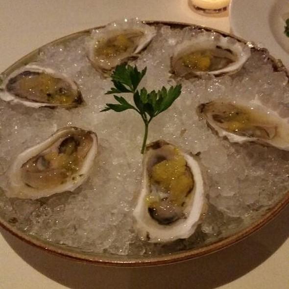 Oysters - L'Andana, Burlington, MA