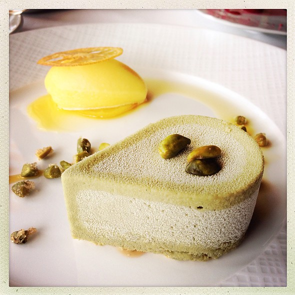 pistachio semifreddo - River Cafe, Brooklyn, NY