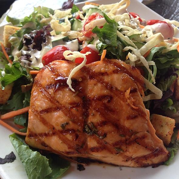 Sweet-Chili Glazed Salmon Salad - Kona Grill - Eden Prairie, Eden Prairie, MN