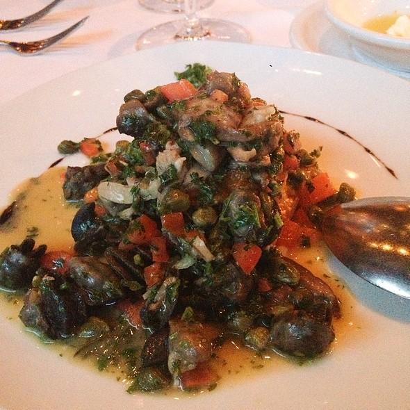 Escargot Italian Style - Francesco's, Vancouver, BC
