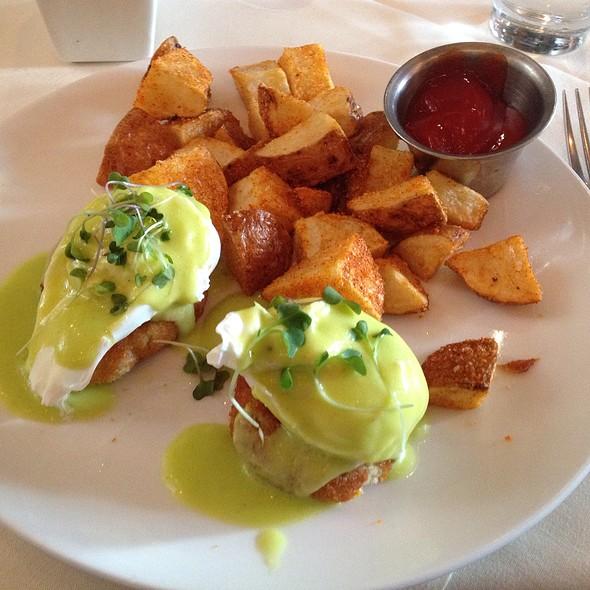 Dungeness Crab Benedict - VILLAGE California Bistro & Wine Bar, San Jose, CA