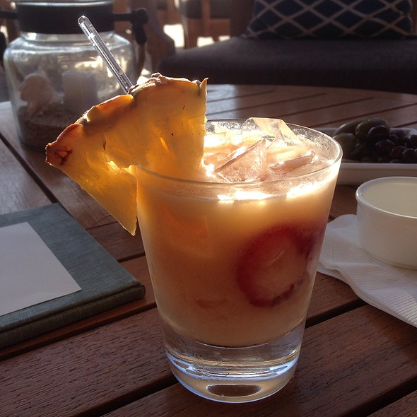 Coconut Adrift - 'Ulu Ocean Grill and Sushi Lounge, Kaupulehu, HI