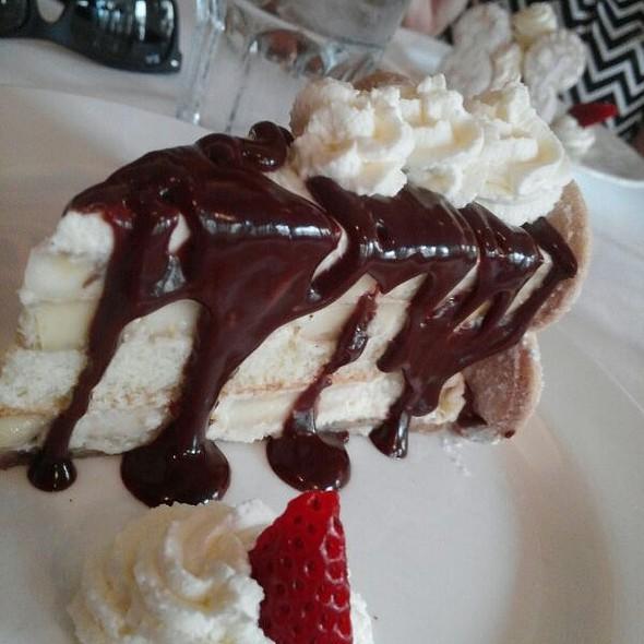 Banana Pudding Layer Cake - NOLA Restaurant, New Orleans, LA