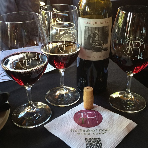 Wine - The Tasting Room - CITYCENTRE, Houston, TX