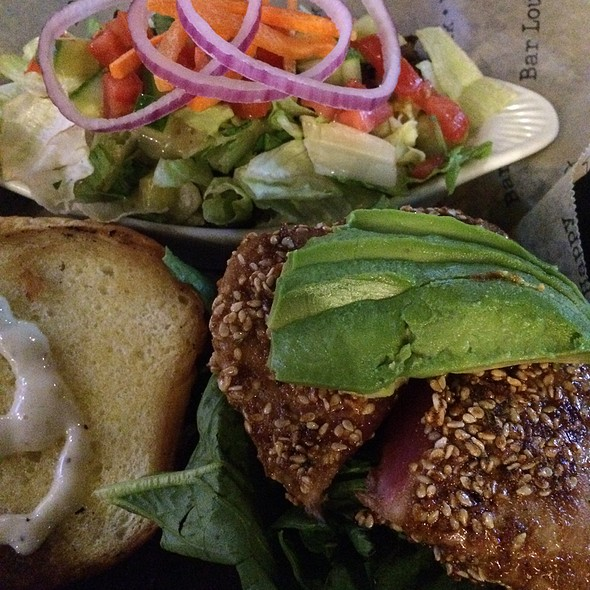 Sesame Tuna Sandwich - Bar Louie - Minnetonka, Minnetonka, MN