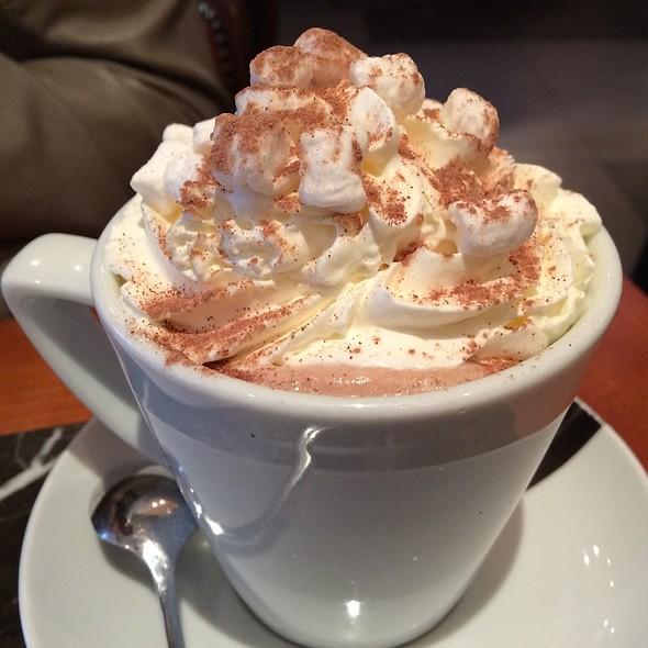 Hot Chocolate - Caffe Concerto Kensington, London