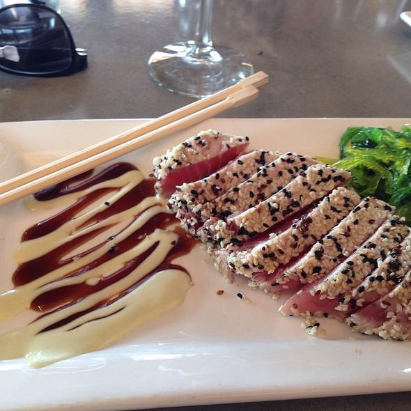 Ahi Tuna Sashimi - Bridges Restaurant - MD, Grasonville, MD