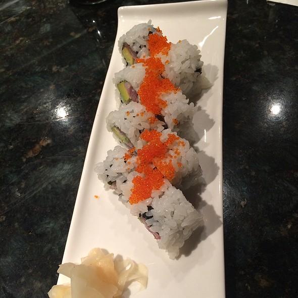 Fresh Yellowtail Roll - Monstera Noodles & Sushi, Kohala Coast, HI