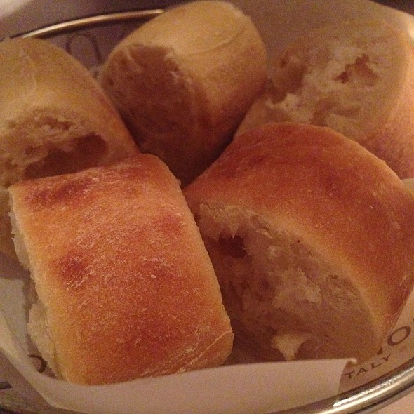 Bread - Maggiano's - Austin, Austin, TX