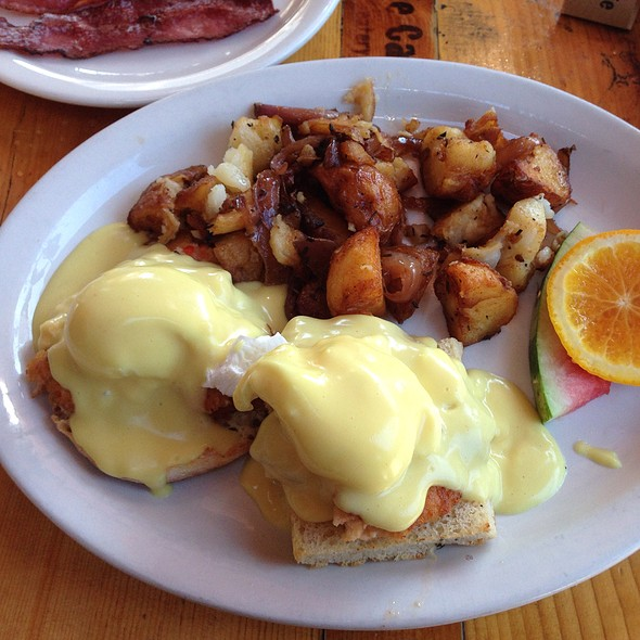 Crab And Lobster Benedict - Fig Tree Cafe - Hillcrest, San Diego, CA