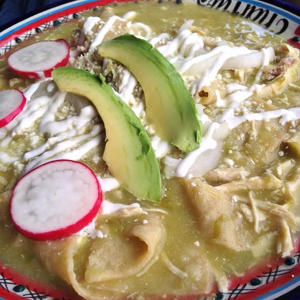 Chilaquiles Verdes Con Pollo - Charrito's - Weehawken, Weehawken, NJ