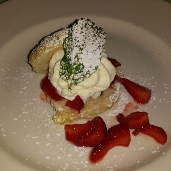 strawberry shortcake - Halls Chophouse, Charleston, SC