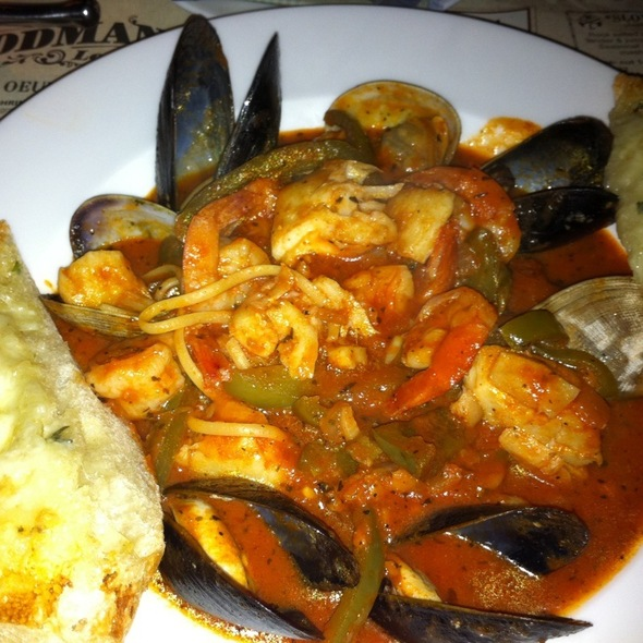 Cioppino Seafood Linguine - Woodman Lodge, Snoqualmie, WA